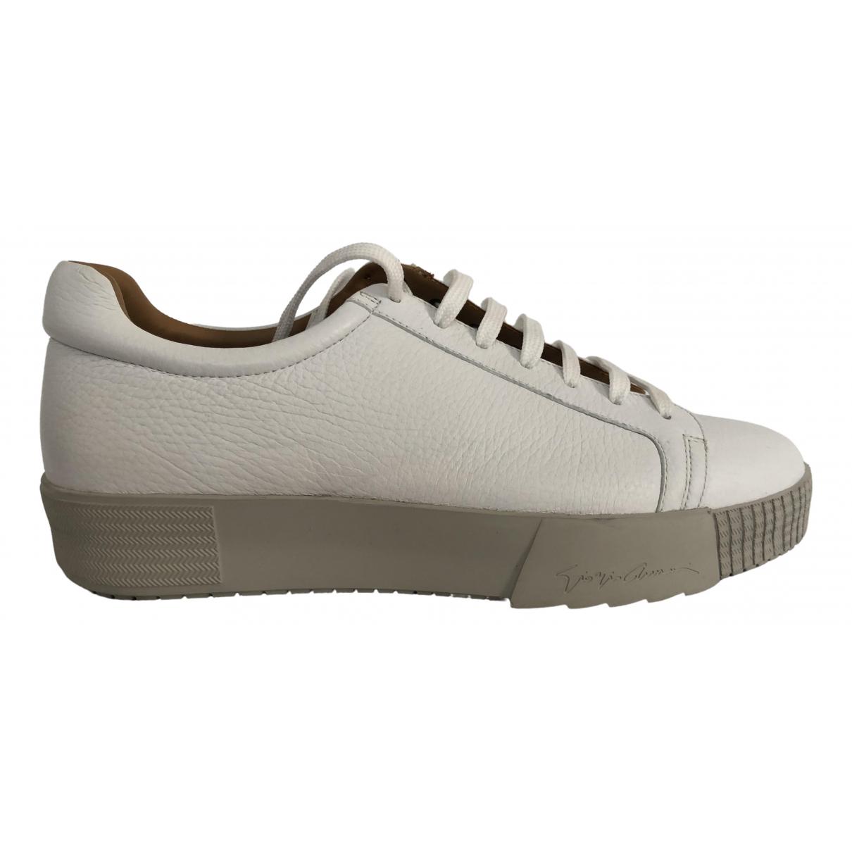 Giorgio Armani \N Sneakers in  Weiss Leder