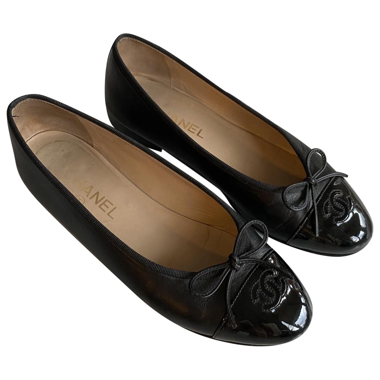 Chanel \N Ballerinas in  Schwarz Leder