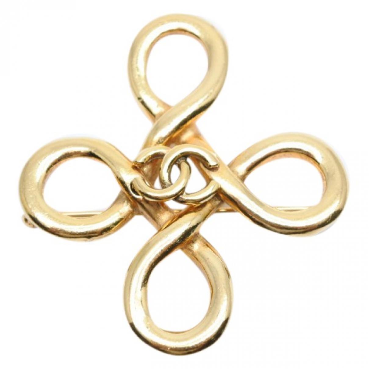 Broche CC en Metal Dorado Chanel