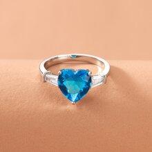 Zirkon Ring mit Herzen Dekor