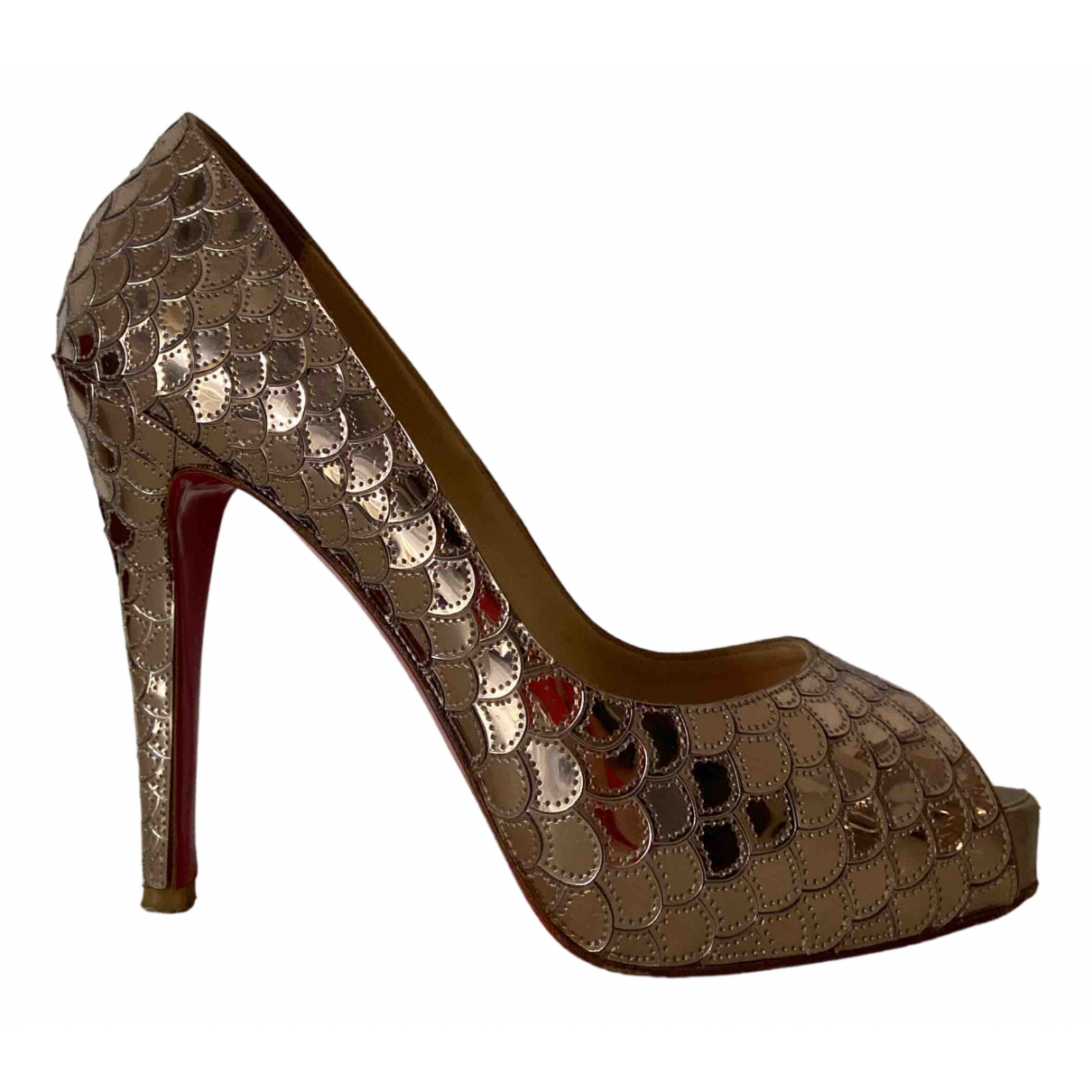 Christian Louboutin Very Prive Pumps in  Gold Mit Pailletten