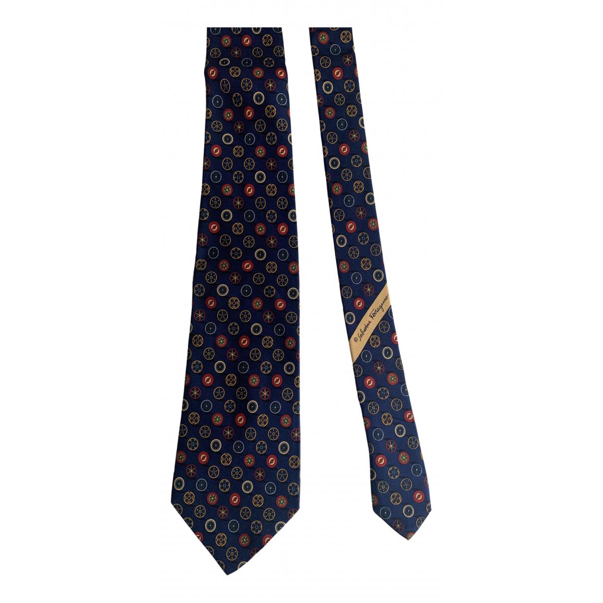 Salvatore Ferragamo \N Krawatten in  Marine Seide