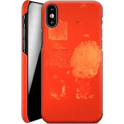Apple iPhone XS Smartphone Huelle - Red Block Background von Brent Williams