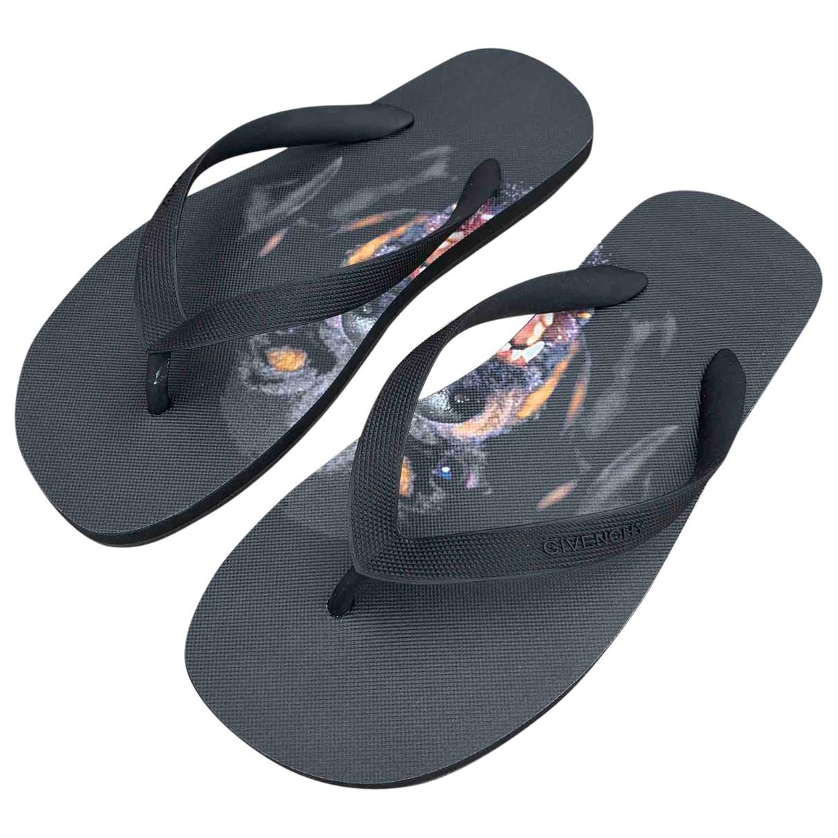 Givenchy \N Black Rubber Sandals for Men 39 EU