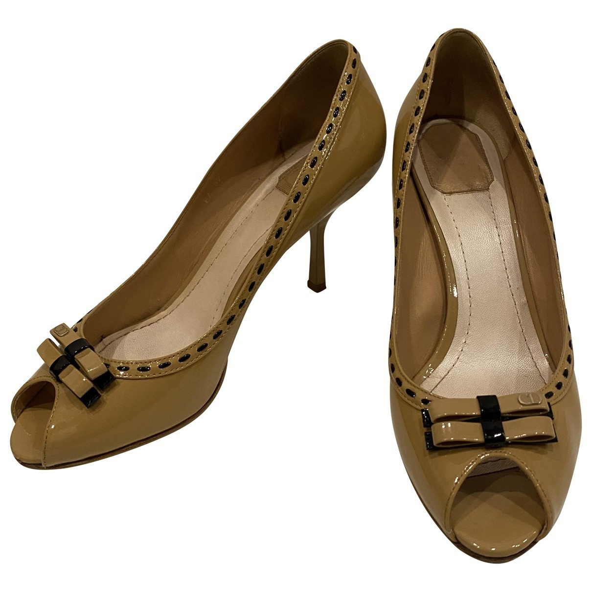Dior \N Beige Patent leather Heels for Women 41 EU