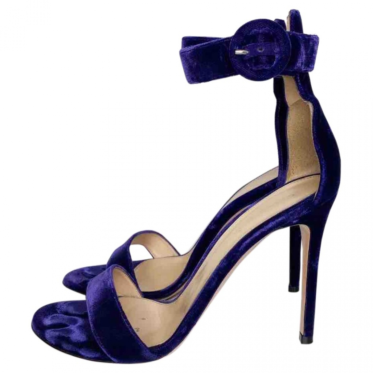 Gianvito Rossi \N Purple Velvet Sandals for Women 38 EU