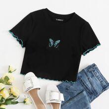Stick Top mit gekraeuseltem Saum und Schmetterling Stickereien