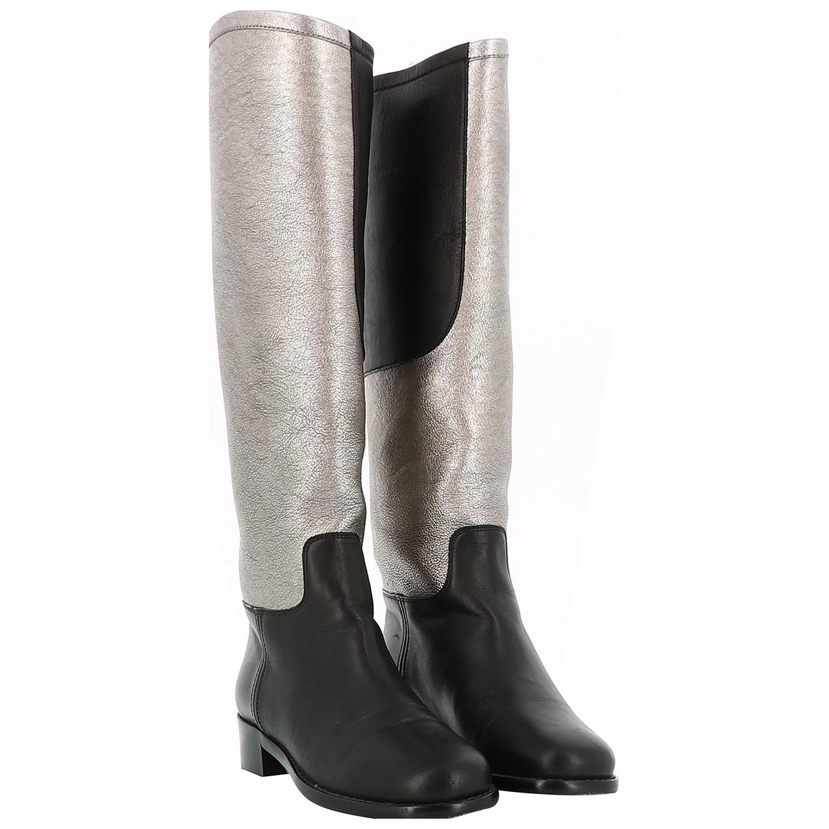 Chanel \N Stiefel in  Silber Leder