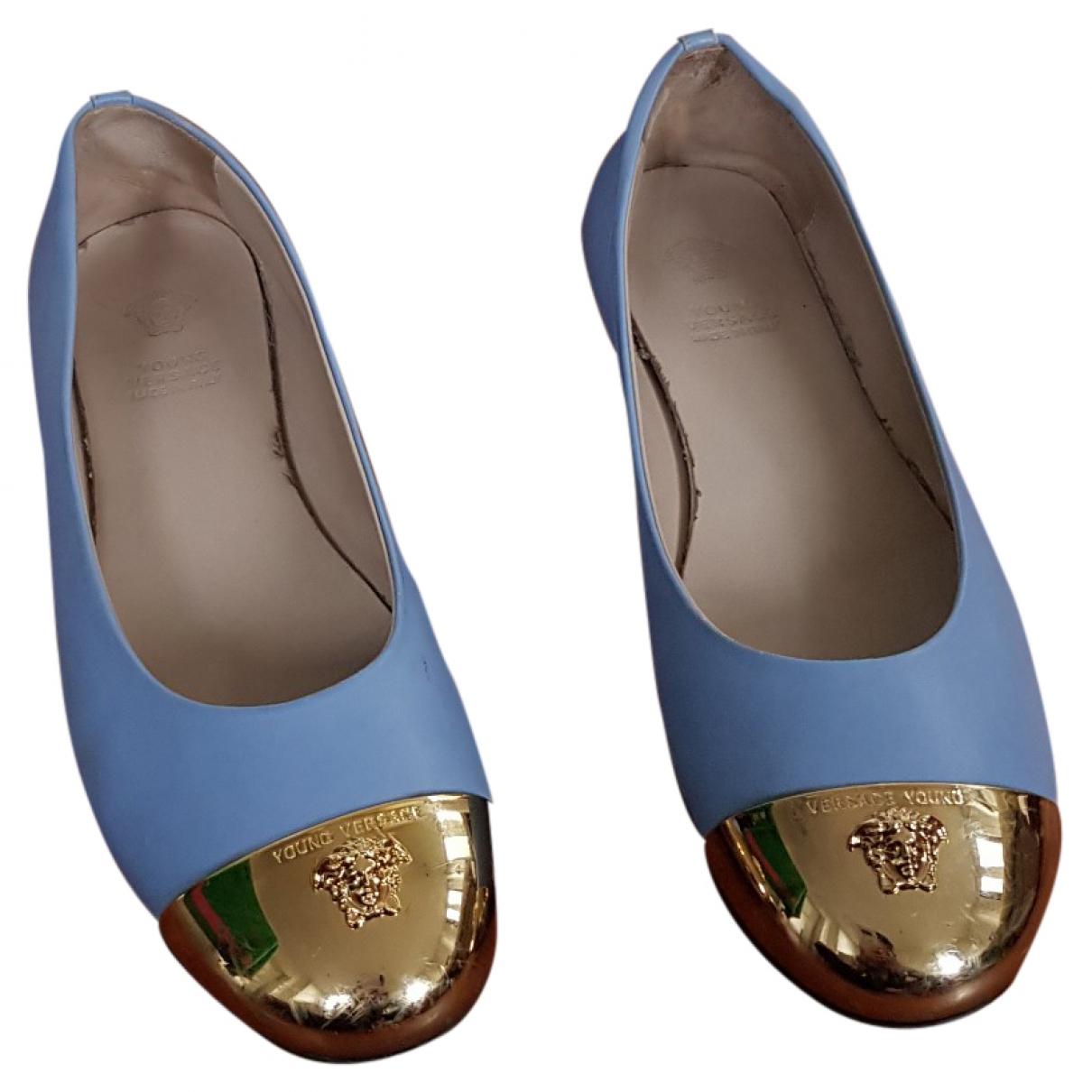Versace \N Ballerinas in  Tuerkis Leder