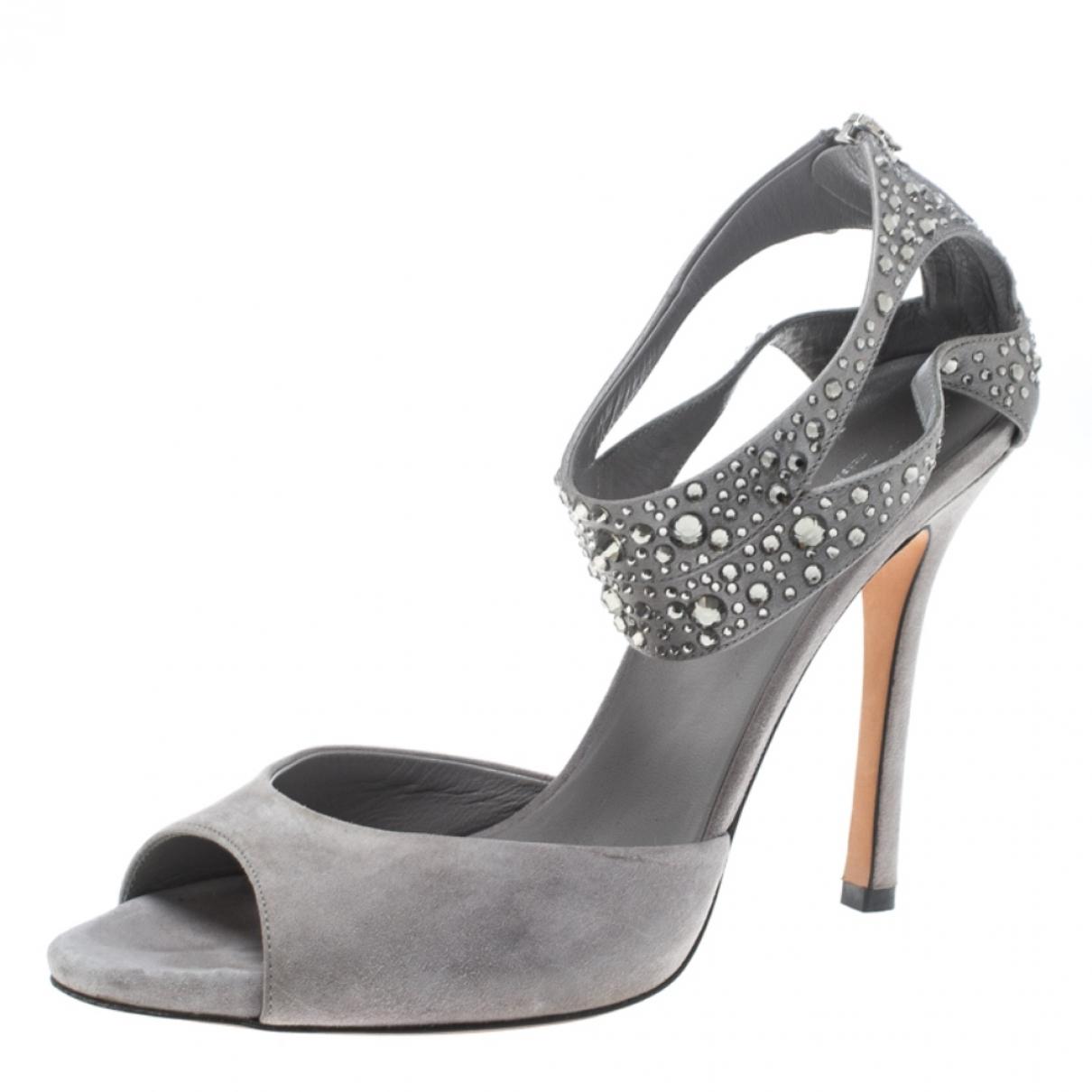 Gucci - Sandales   pour femme en suede - gris