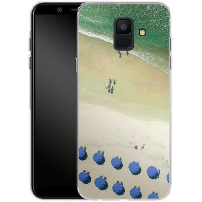 Samsung Galaxy A6 Silikon Handyhuelle - Beach Umbrellas von Joy StClaire