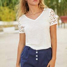 Solid Contrast Lace V-Neck Tee