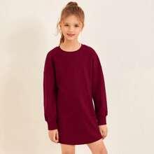 Einfarbiges Sweatshirt Kleid mit sehr tief angesetzter Schulterpartie