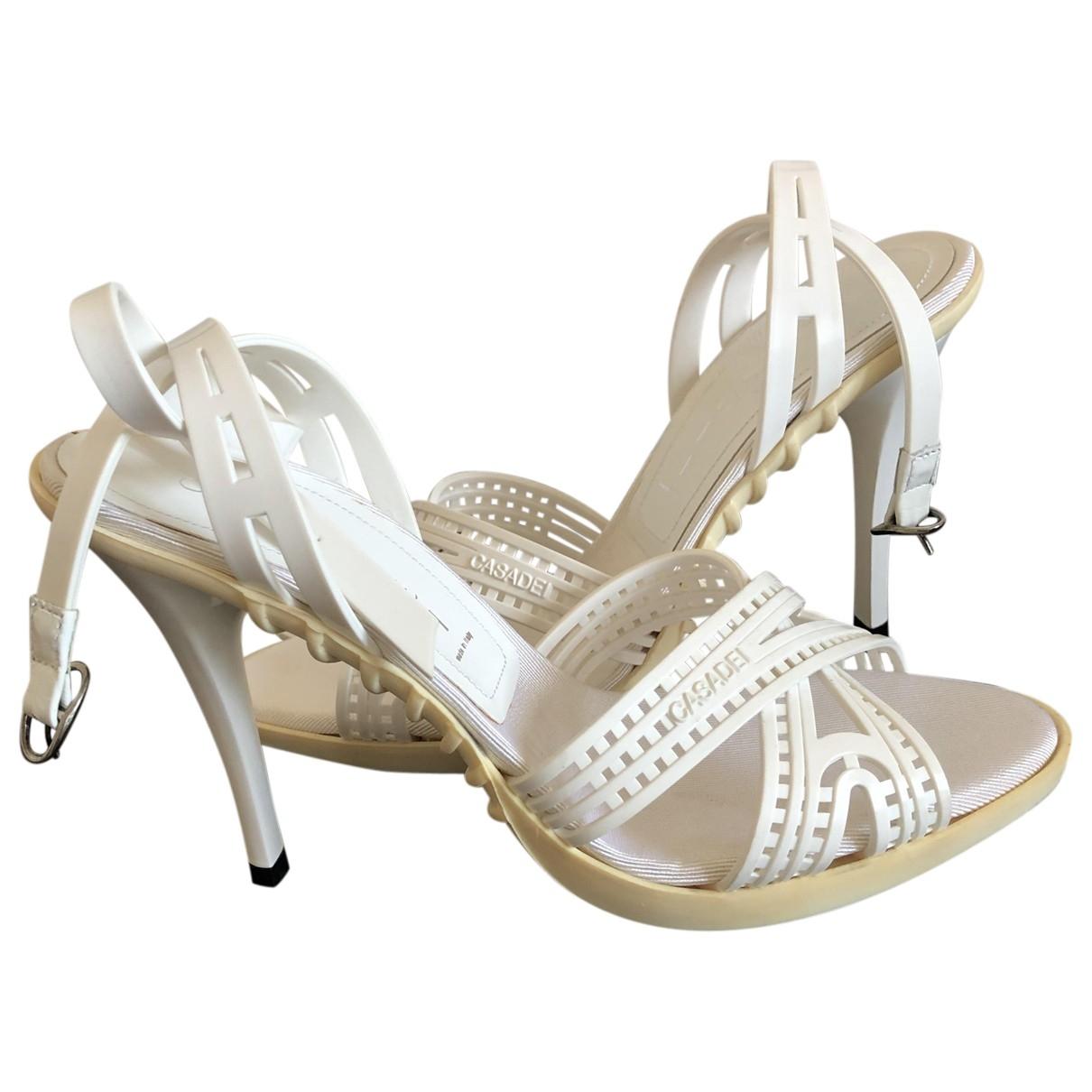 Casadei - Sandales   pour femme en caoutchouc - blanc