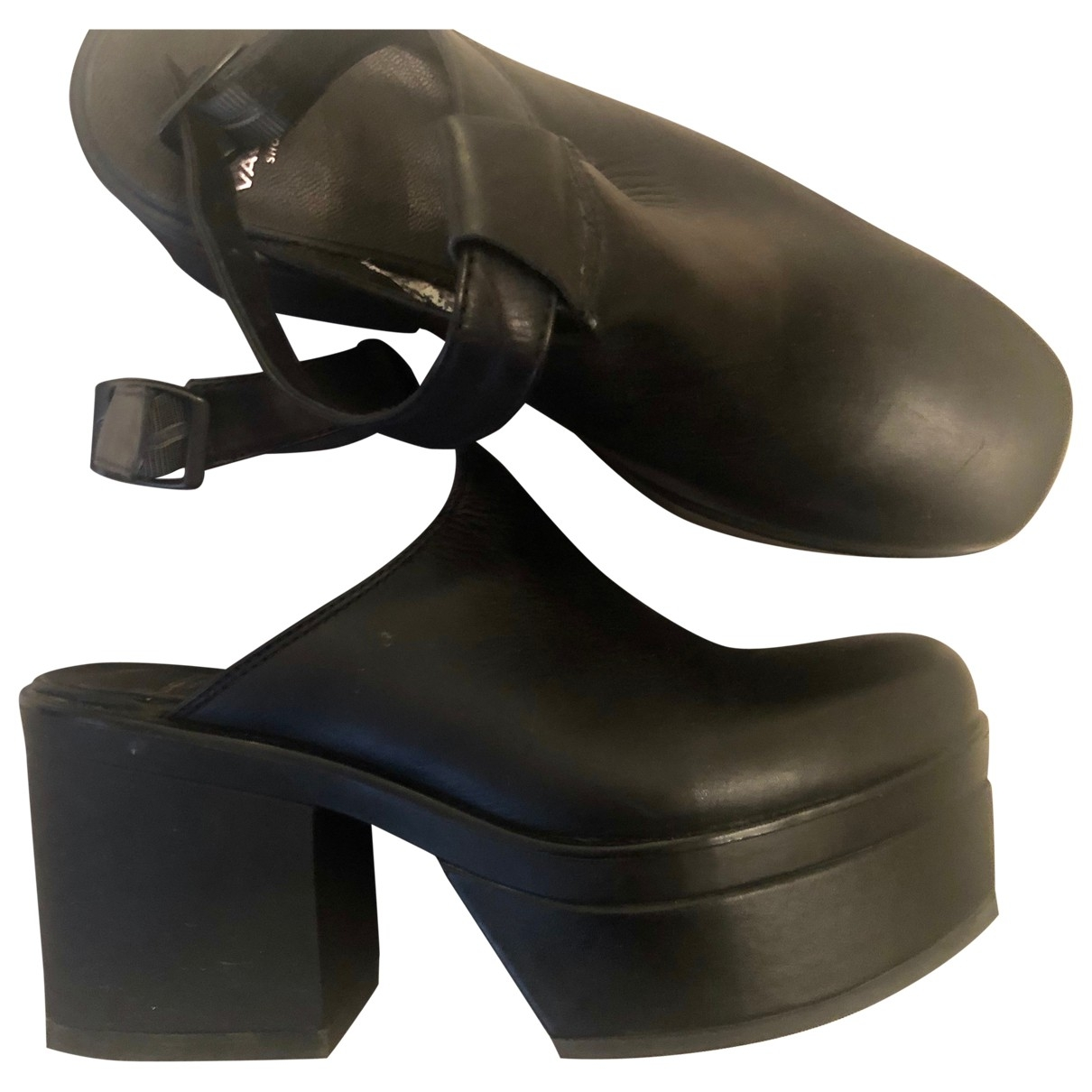 Vagabond \N Pumps in  Schwarz Leder