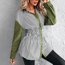 Bluse mit Kontrast Streifen und geraffter Taille