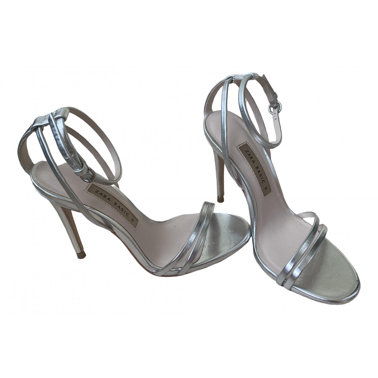 Zara \N Sandalen in  Silber Kunststoff