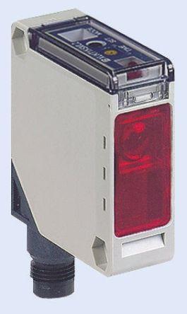 Telemecanique Sensors Photoelectric Sensor Retroreflective 1.5 m Detection Range PNP