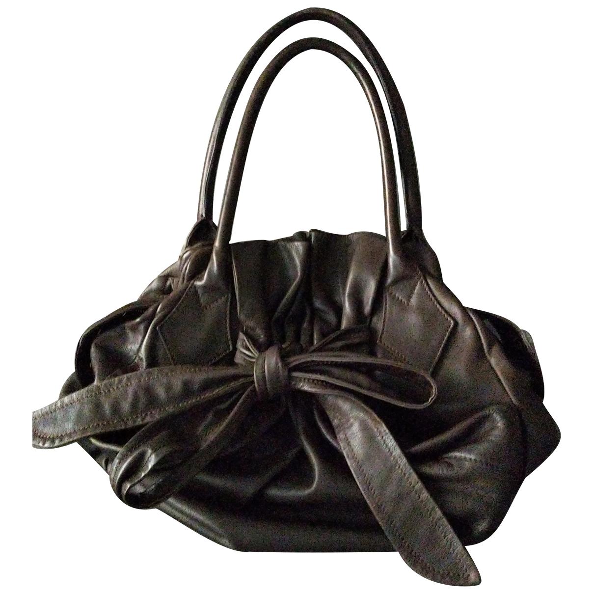 Vivienne Westwood \N Handtasche in  Braun Leder