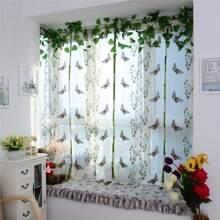 Transparenter Vorhang mit Schmetterling Stickereien