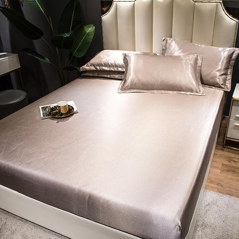 Solid Color Summer Sleeping Mat Set Three-Piece Set Polyester Bedding Sets