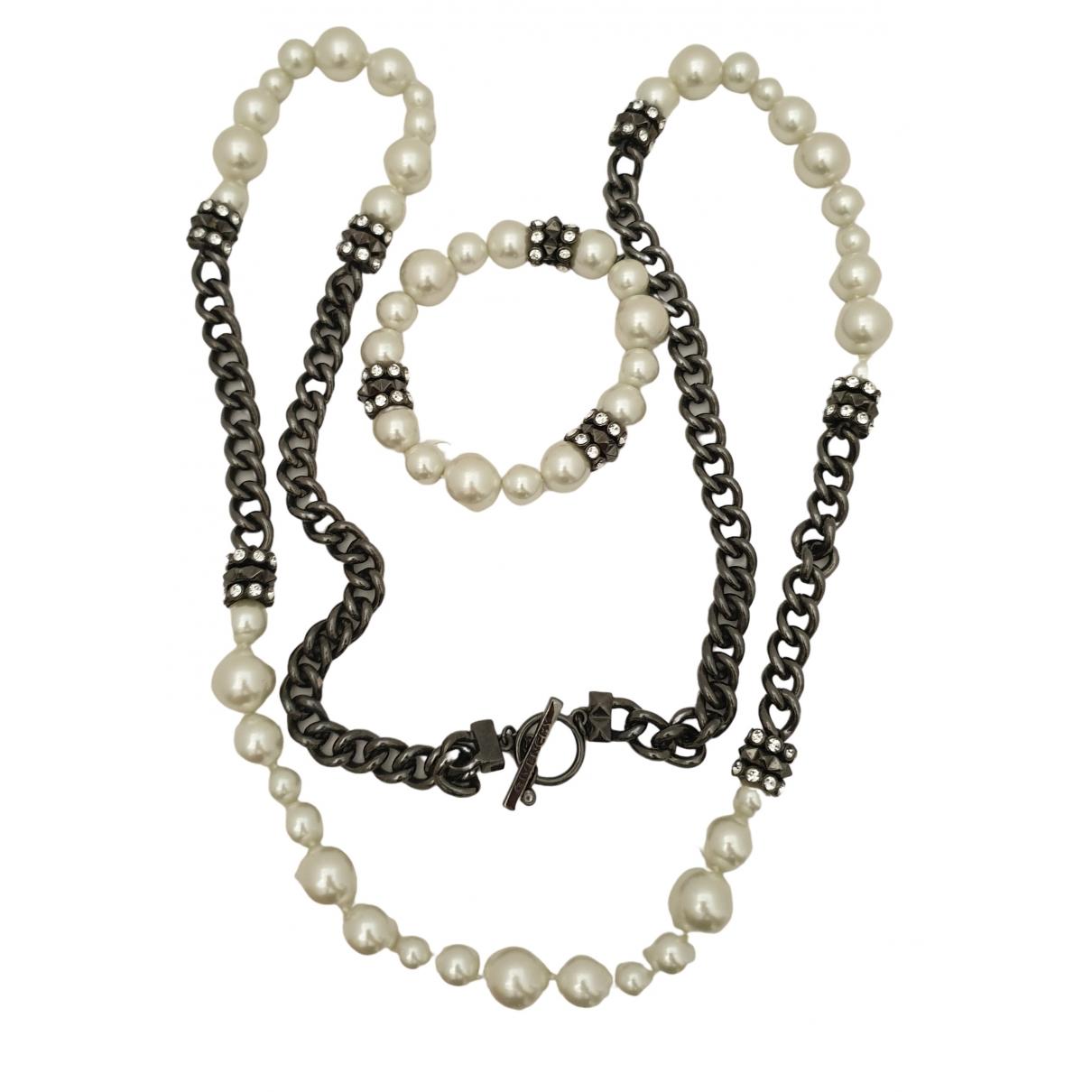 Givenchy \N Schmuck-set in  Weiss Perlen