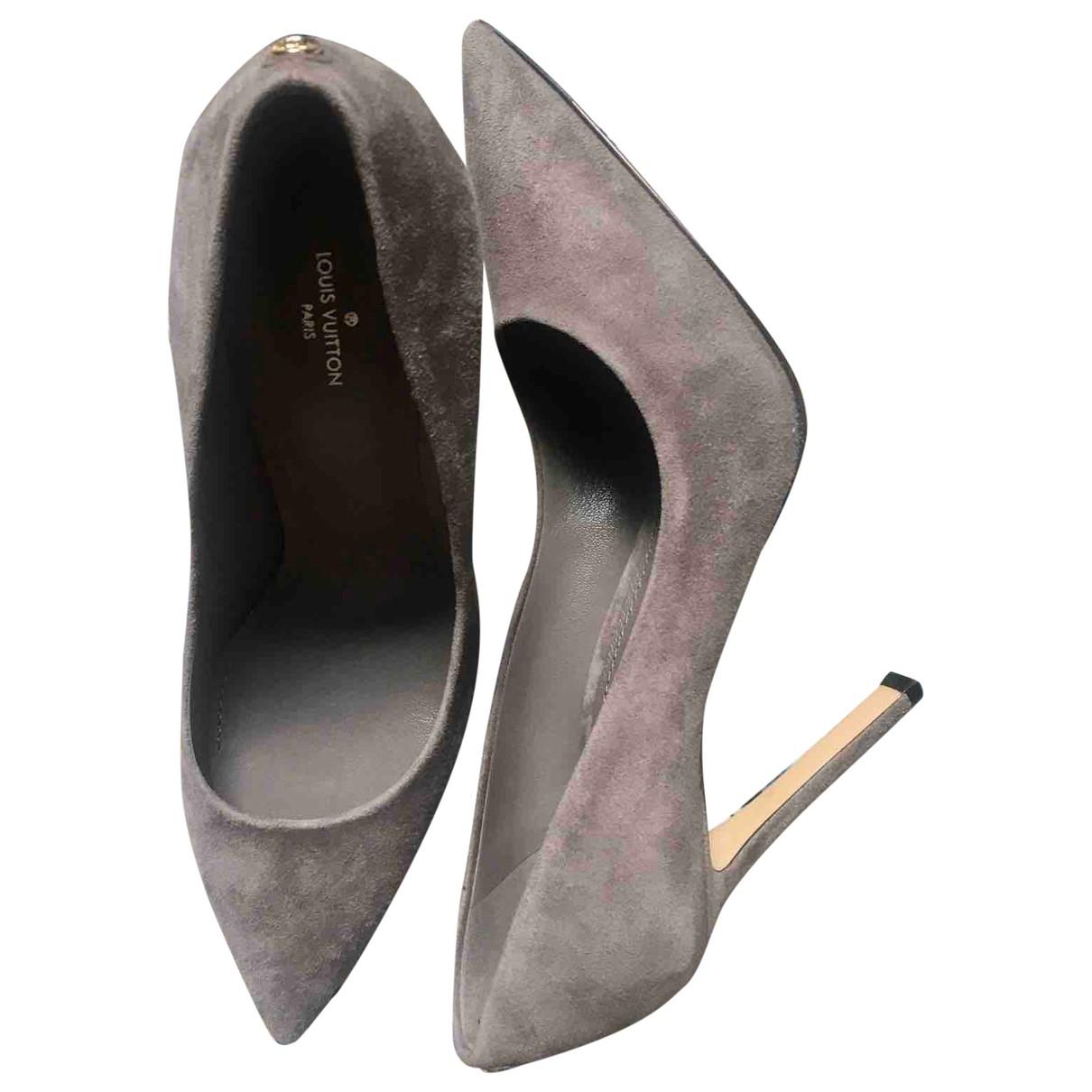 Louis Vuitton \N Grey Suede Heels for Women 40 EU