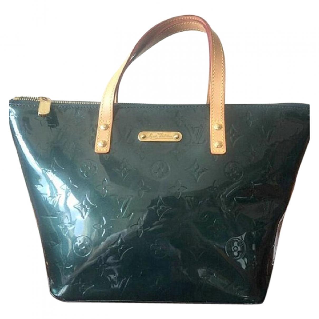 Louis Vuitton Bellevue Handtasche in  Gruen Lackleder