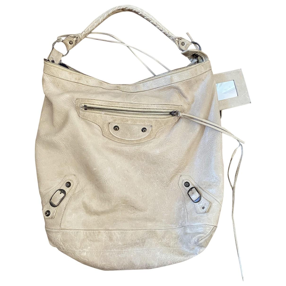 Balenciaga Day  Handtasche in  Beige Leder