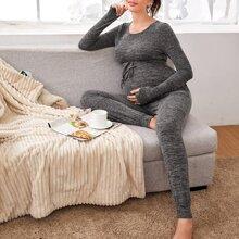 Maternity Jumpsuit mit Kordelzug um die Taille und schraegen Taschen