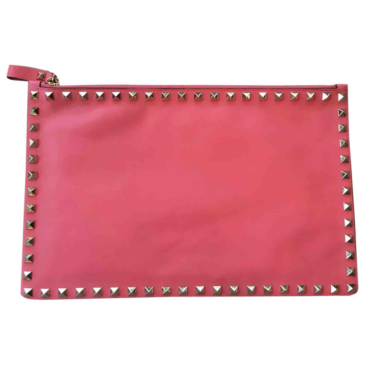 Valentino Garavani Rockstud Pink Leather Clutch bag for Women \N