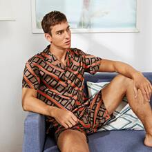 Men Geo Print Lapel Neck Shirt & Shorts PJ Set