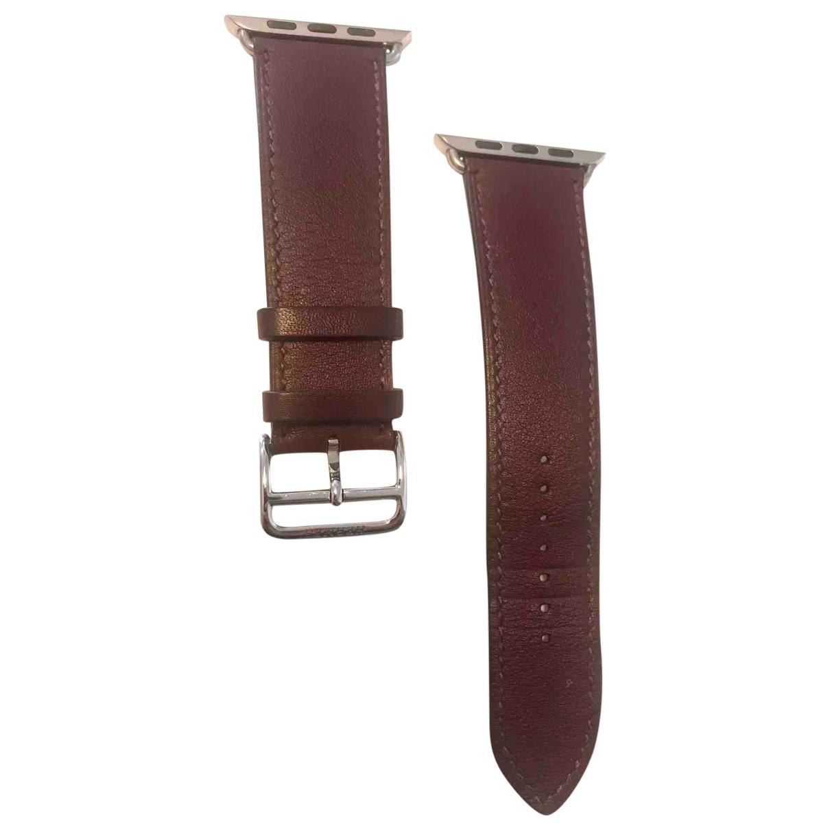 Hermes - Montre Apple Watch x Hermes Bracelet pour homme en cuir - bordeaux