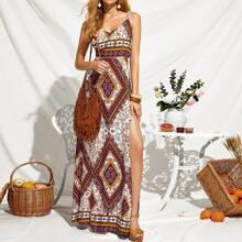 Vestido con estampado tribal de muslo con abertura de espalda con cordon