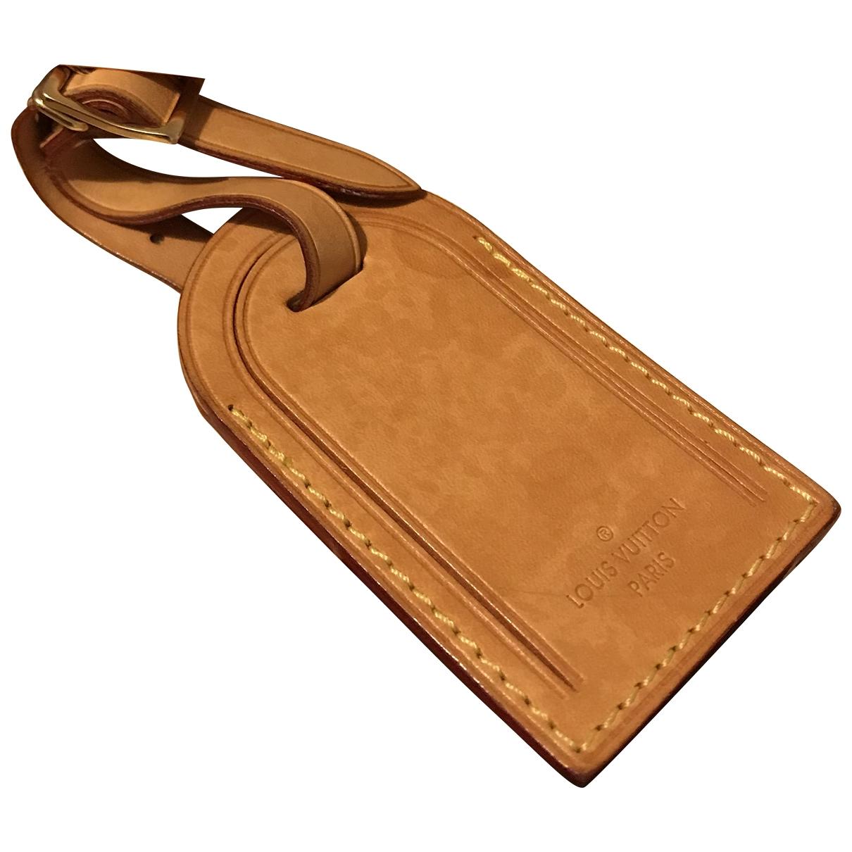 Louis Vuitton Porte adresse Beige Leather Purses, wallet & cases for Women \N