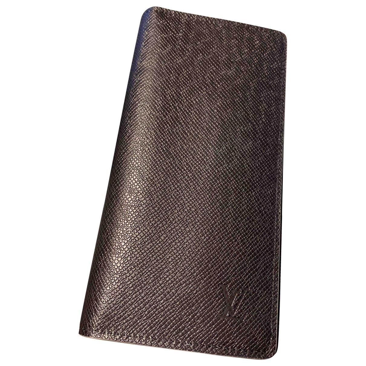 Louis Vuitton Brazza Kleinlederwaren in  Schwarz Leder