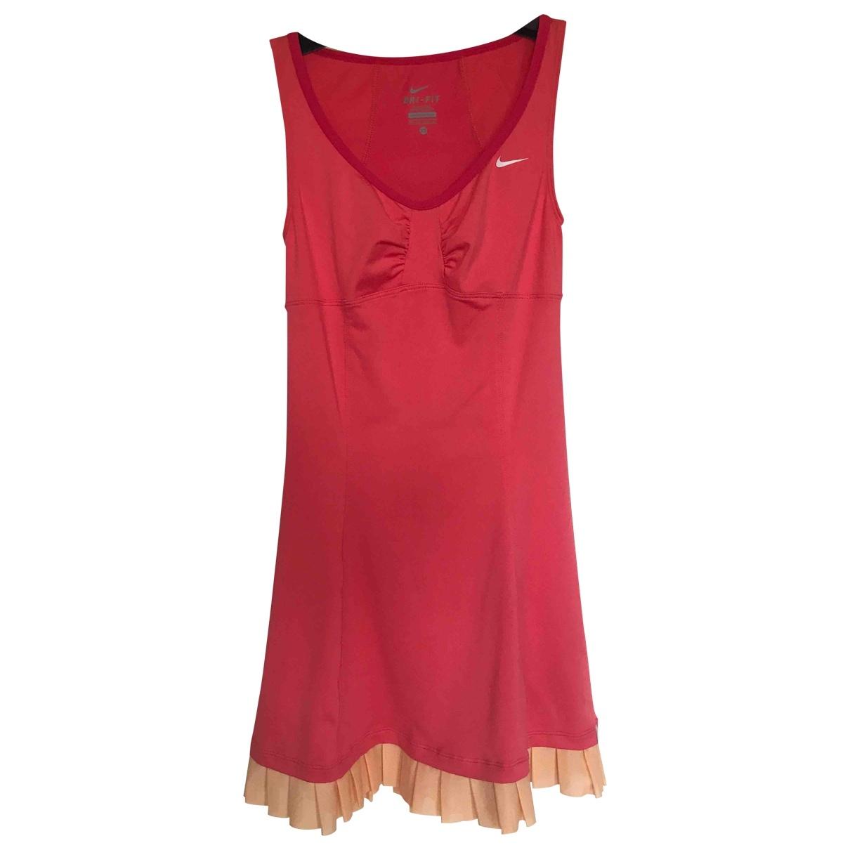 Nike \N Kleid in  Rosa Synthetik