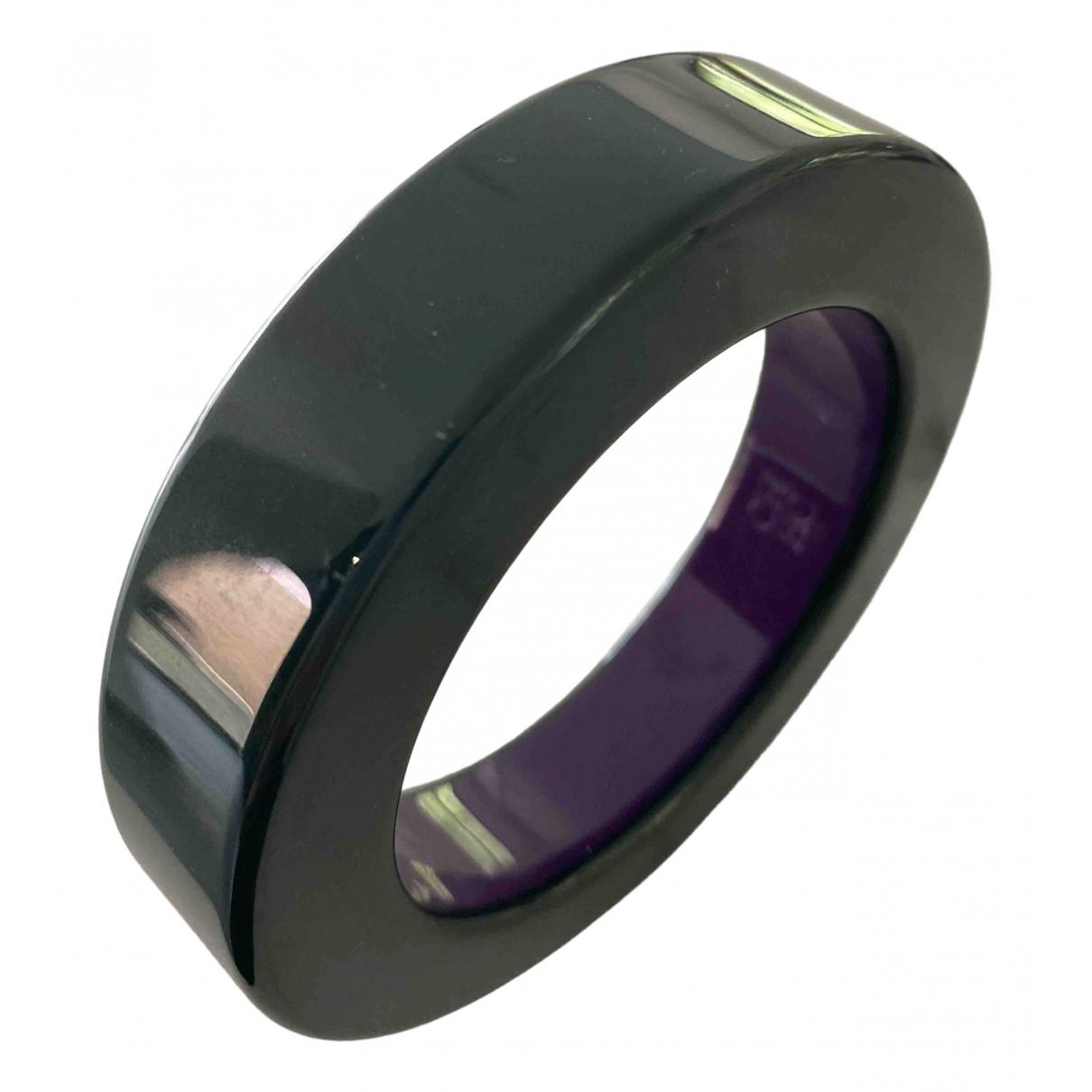 Carolina Herrera N Green Metal bracelet for Women N