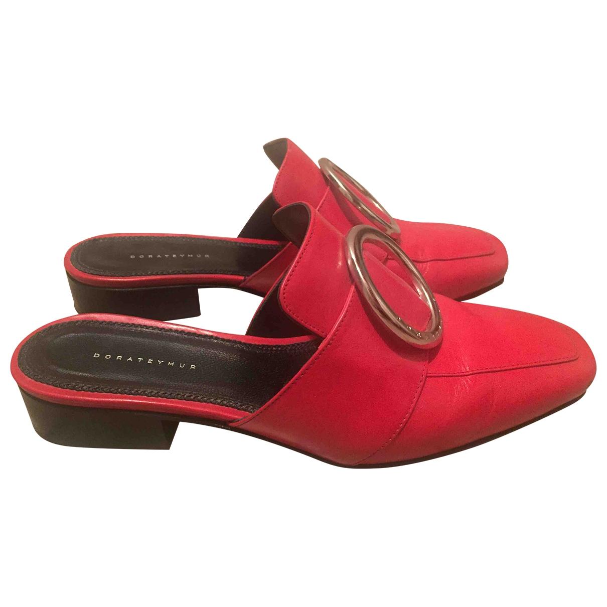 Dorateymur \N Red Leather Sandals for Women 37 EU