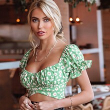 Tie Back Ruched Bust Daisy Floral Crop Top