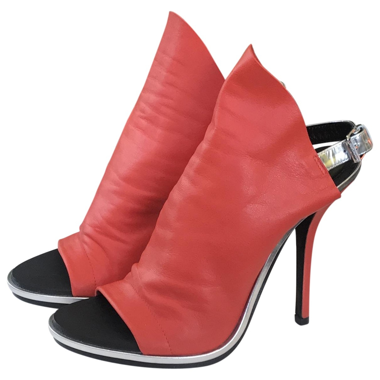 Balenciaga \N Pumps in  Rot Leder