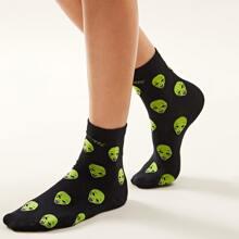 1 Paar Sockchen mit Alien Muster