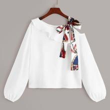 Camisa de hombros con nudo con cinta con estampado de cadena - grande