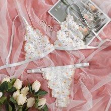 Set de lenceria con encaje floral