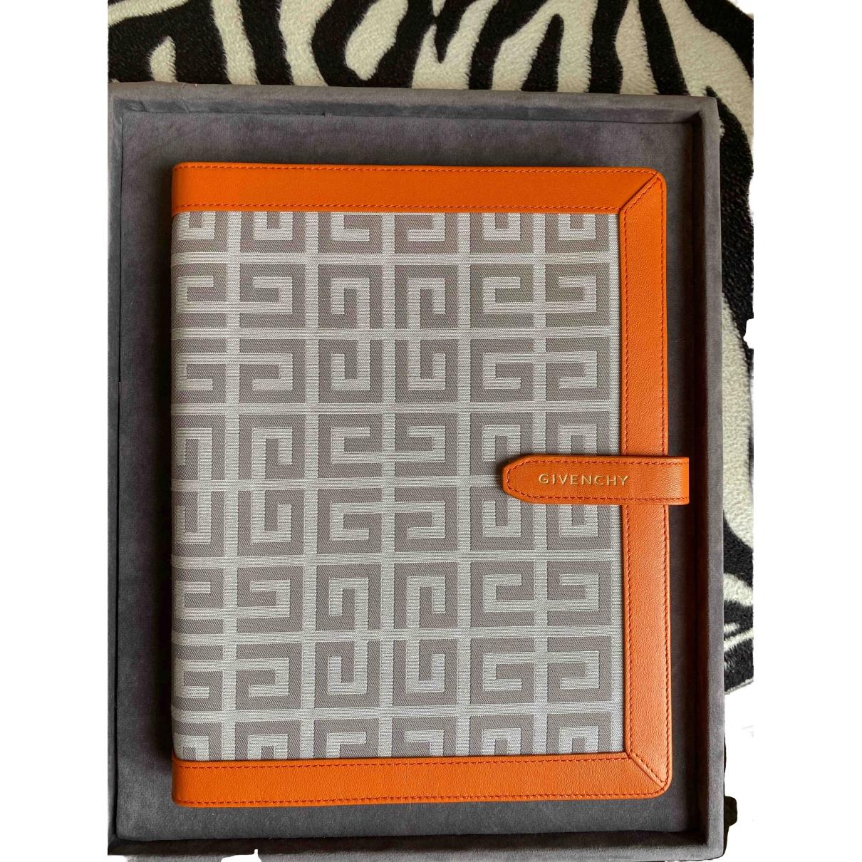 Givenchy - Accessoires   pour lifestyle en cuir - orange