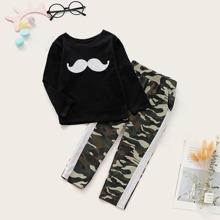 Kleinkind Jungen T-Shirt mit Schnurrbart Muster & Hose mit Kontrast Seite und Camo Muster