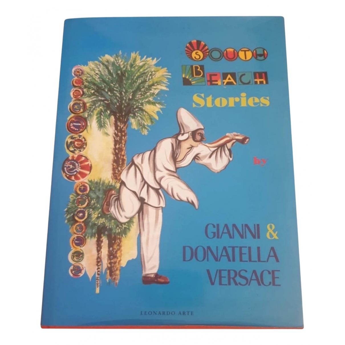 Gianni Versace \N Mode Bunt