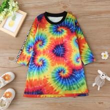 T-Shirt Kleid mit Batik und Buchstaben Muster