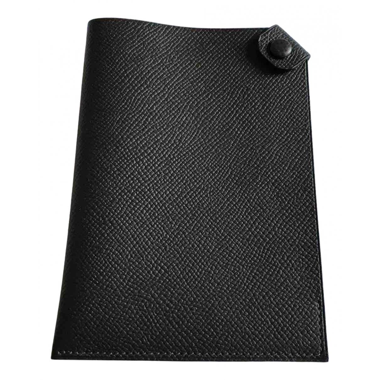 Hermes Tarmac Kleinlederwaren in  Schwarz Leder