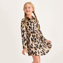 Vestido con cinturon con estampado de leopardo